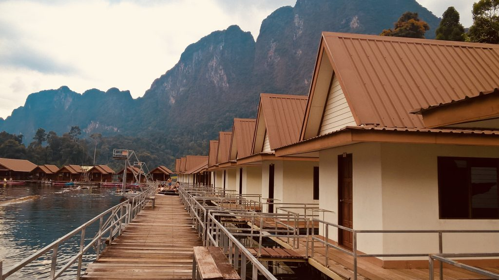 Stay overnight in a floating bungalow in Khao Sok National Park