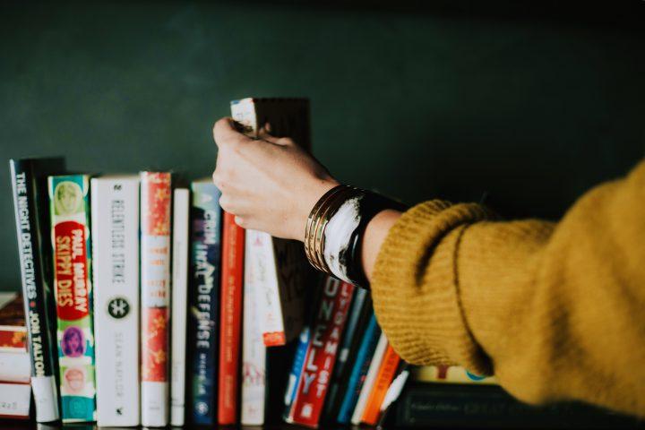 My first book club: 5 ladies, 5 books and one tiramisu