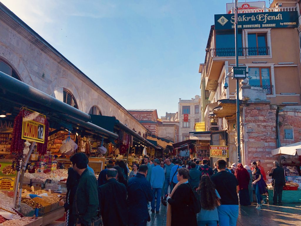 Negotiating prices on Grand Bazaar in Istanbul