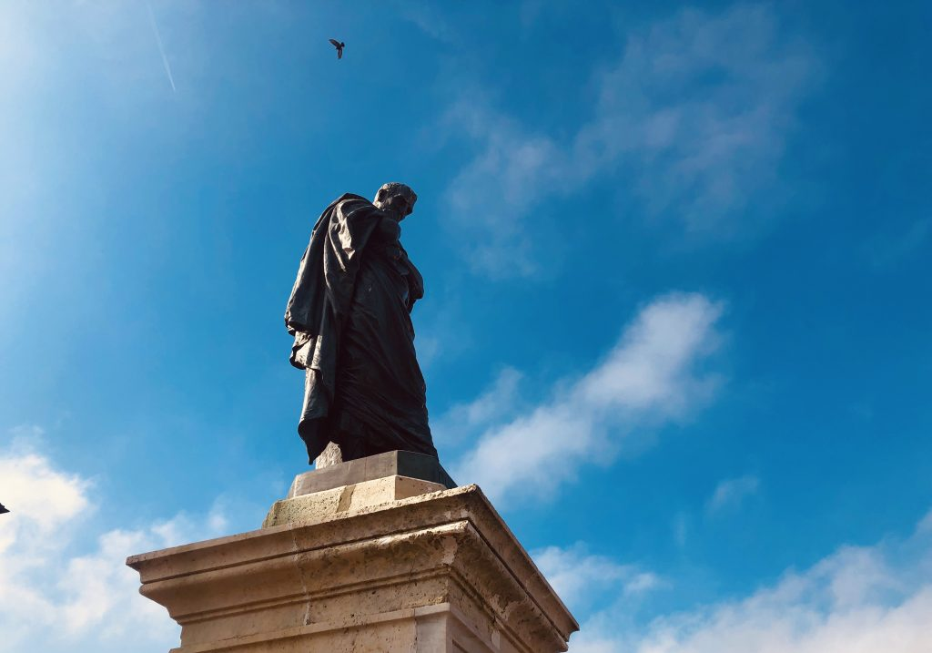 Ovid statue