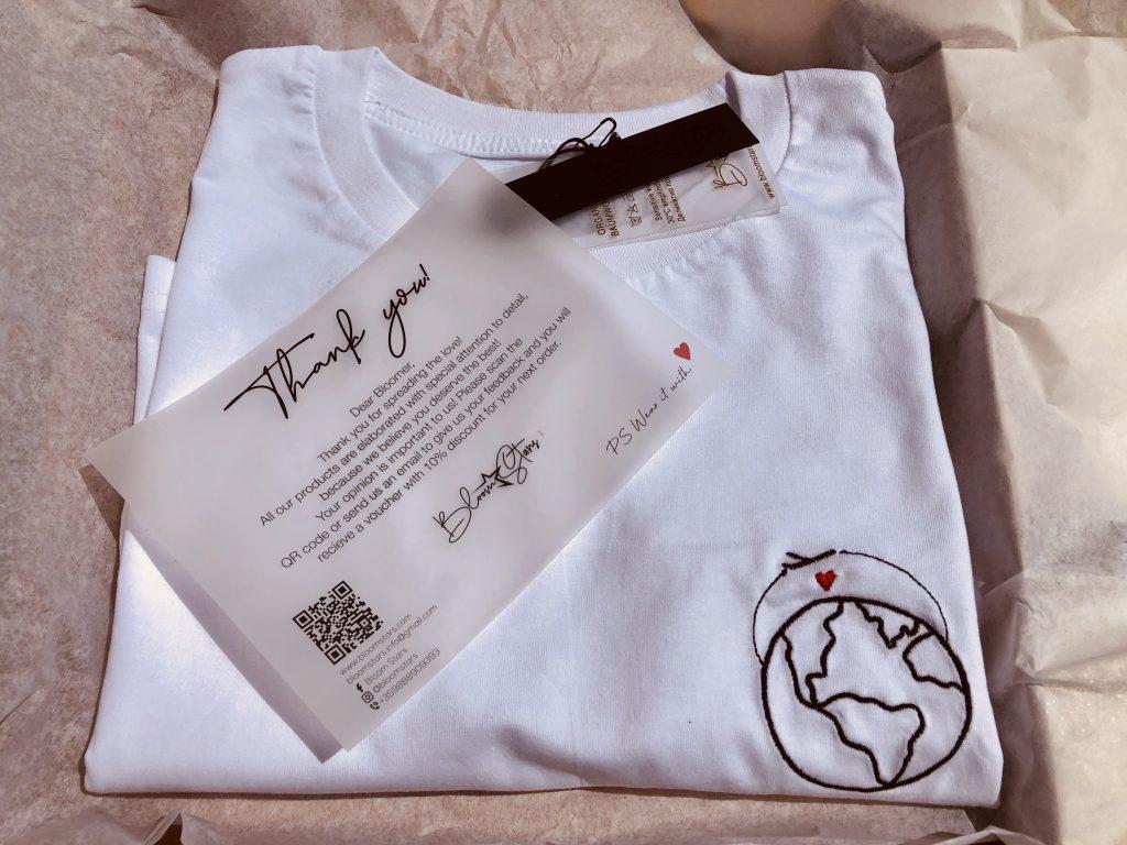 """""""Travel to love"""" T-shirt Bloom stars brand"""