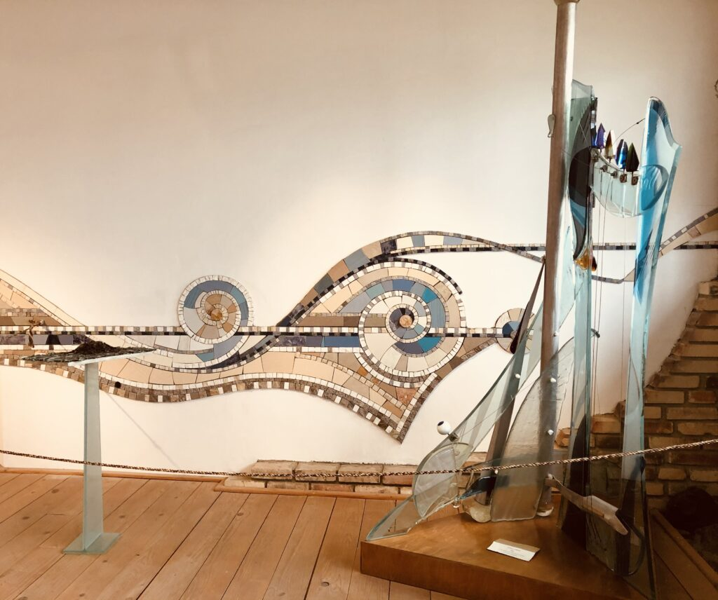 Sculpture made out of glass